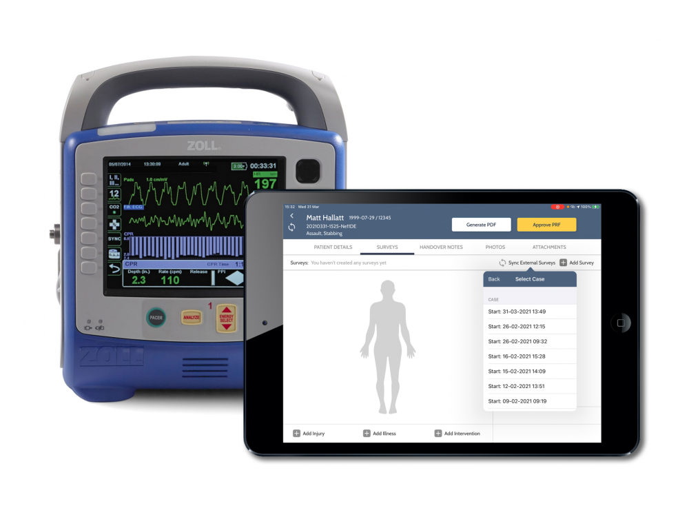 Zoll monitor and iPad showing the patient readings being pulled through into ARCEMS and ARCCTS software